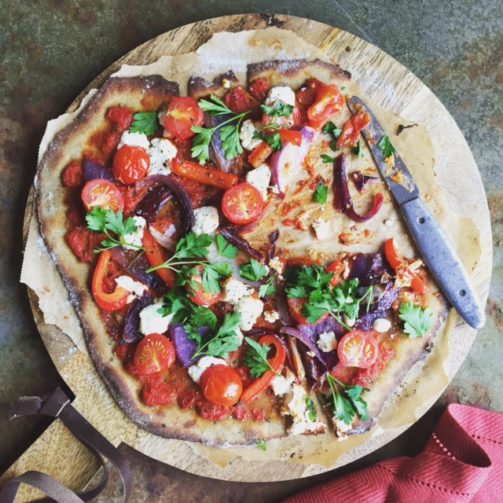Tomato, ricotta & red pepper pizza